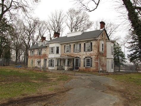 Real Haunted Houses Near Me by Best 25 Haunted History Ideas On Haunted