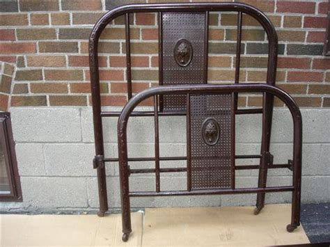 Vintage Metal Bed Frame Sold Antique Vintage Metal Single Bed Frame Etobicoke Toronto