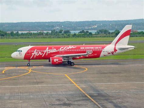airasia ngurah rai air asia airbus a320 at ngurah rai airport denpasar bali
