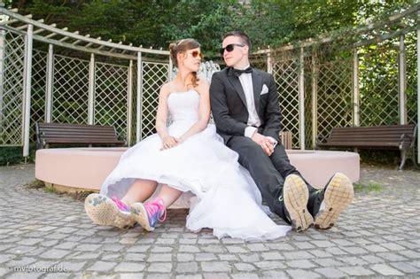 Hochzeit Turnschuhe hochzeitsfotos neu isenburg turnschuhe zeitlos und