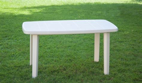 tavoli plastica economici tavoli in plastica da giardino mobili da giardino