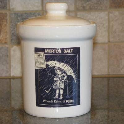 Jar Kitchen Decor by Vintage Inspired Salt Jar Kitchen Decor Tip Junkie