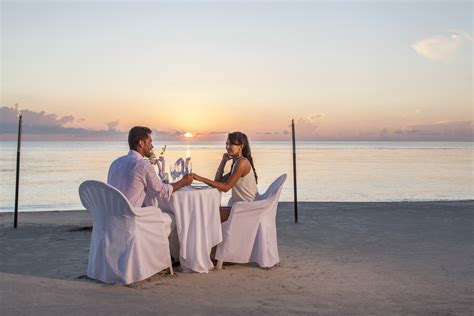 couples swing couples swept away restaurants what to expect