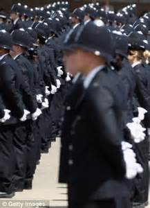 pay new recruits to be paid less than trainee