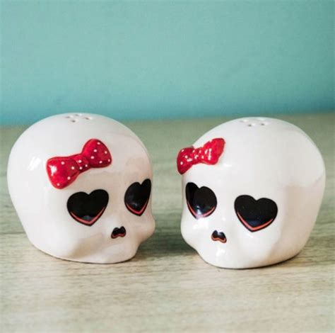 cute salt and pepper shakers cute skull salt pepper shakers could be in love