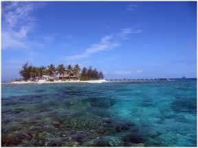 islands vacation honduras