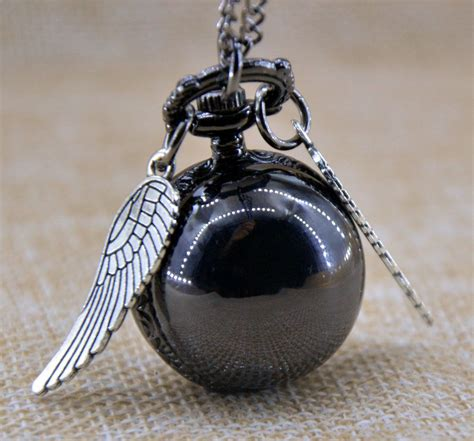 Kalung Vintage Gold Sayap kalung quidditch bola golden snitch harry potter golden