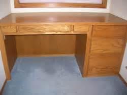 best wood for building a desk pdf diy woodworking plans free desk how to build