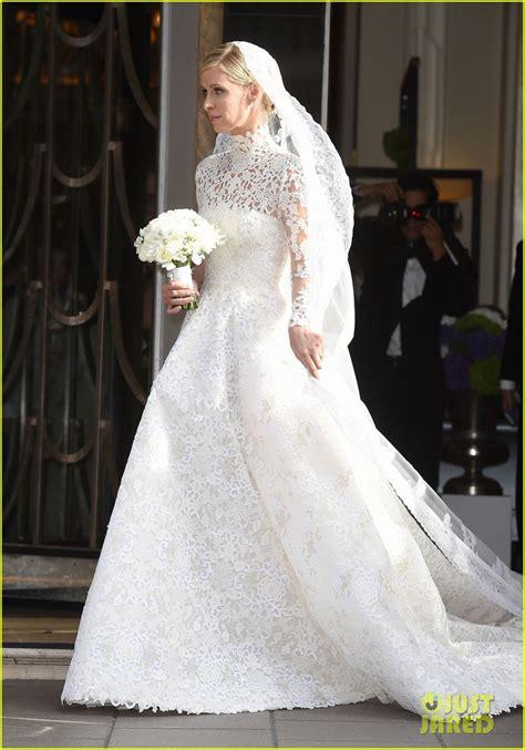 nicky hilton wedding dress nicky hilton looks amazing in her wedding dress see pics
