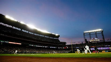 best seats at safeco field king5 best seats for catching a home run at