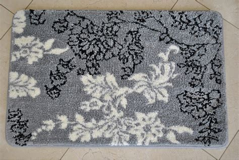 Memory Foam Grey White Floral 20 X 32 Bath Mat Gray And White Bathroom Rugs