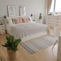 grey white pink bedroom 25 best ideas about grey bedroom decor on