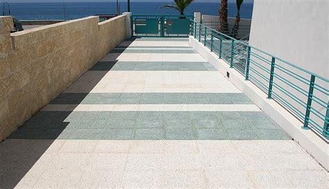 cemento per pavimenti esterni pavimenti in cemento per esterni pannelli termoisolanti