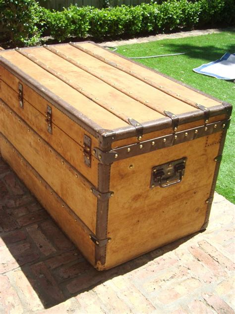 steamer trunk coffee table antique louis vuitton wooden steamer trunk coffee table