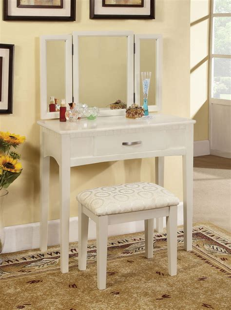 makeup chair for bathroom makeup chair for bathroom style guru fashion glitz