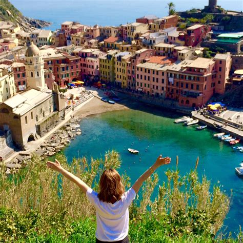 italy travel guide the real travel guide with stunning pictures from the real traveler all you need to about italy books italy travel diary part 4