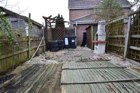 2 bedroom house bournemouth 2 bedroom terraced house for sale in saffron way bournemouth bh11