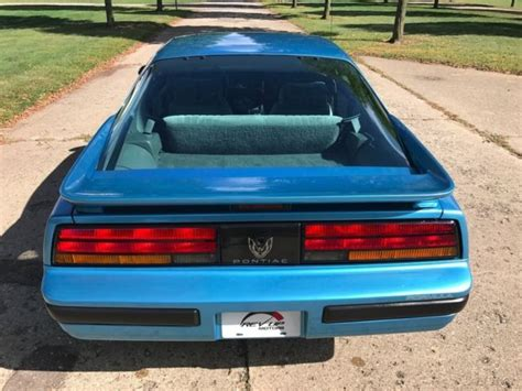 1990 maui blue coupe 10 000 buy or sell classic buick reatta coupe or convertible 1990 pontiac firebird formula 350 low mile survivor rare maui blue with 350 tpi classic