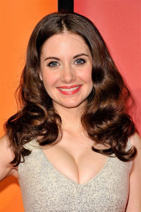 alison brie actress alison brie hollywood actress wallpapers download free