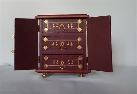 mini commode bois mini commode en bois blanc recouvert de basane bordeaux