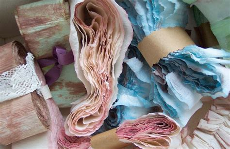 Things To Make Out Of Crepe Paper - maminka studio loving crepe paper