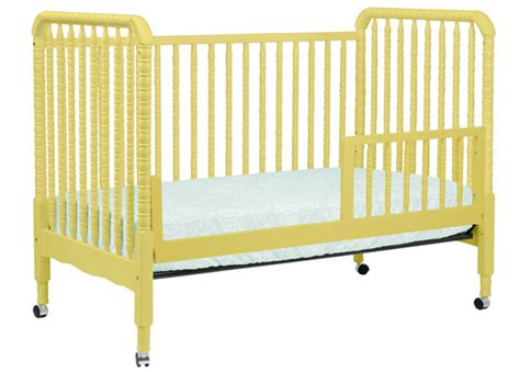 Crib Website by Lind 3 In 1 Convertible Crib With Toddler Rail Limited Colors Davinci Baby