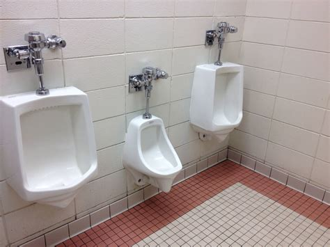 Small Home Urinals Small Home Urinals 28 Images 25 Best Small Toilet Room