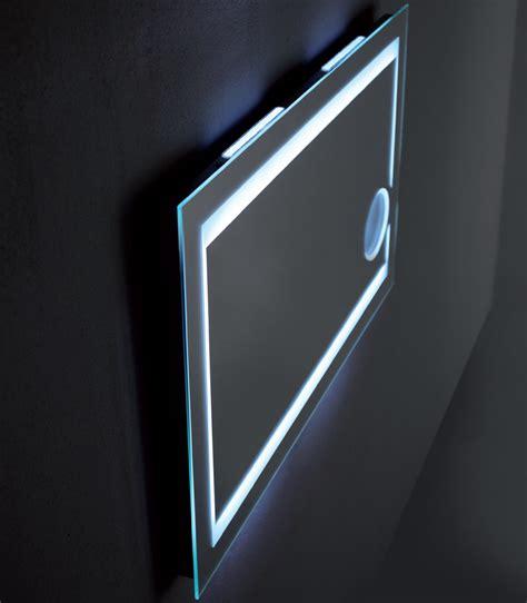 specchio con luce per bagno specchio bagno con luce offerte e risparmia su ondausu