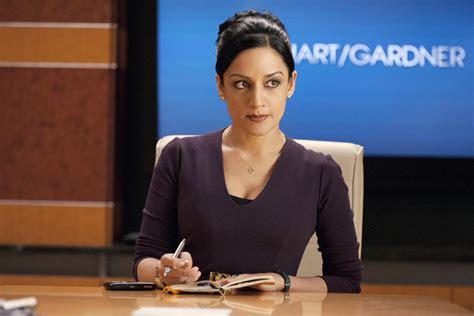 archie panjabi on kalindas the good wife season 5 role alicia 16 reasons we ll miss kalinda on the good wife today s