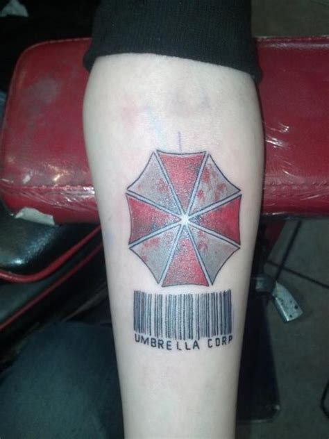 resident evil tattoos resident evil done by aaron bowholtz in