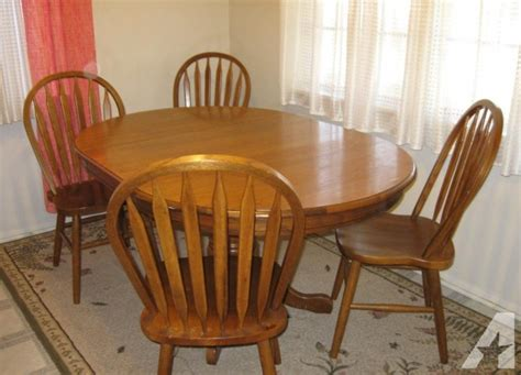 pine dining room chairs pine dining room table