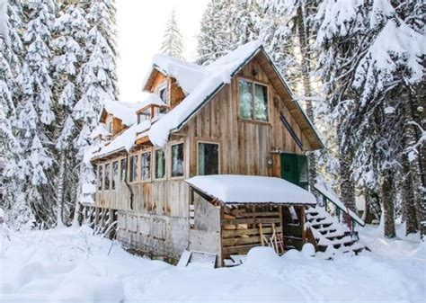 Snow Cabin Rentals by 7 Enchanting Oregon Cabins Where You Can The Snow