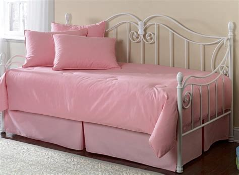 futon bed bath beyond daybed covers with bolsters dinesfv com image amazing