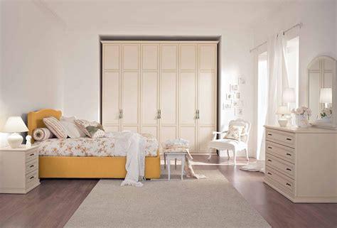 ucraine a letto camere da letto classiche chiare da letto classica crea