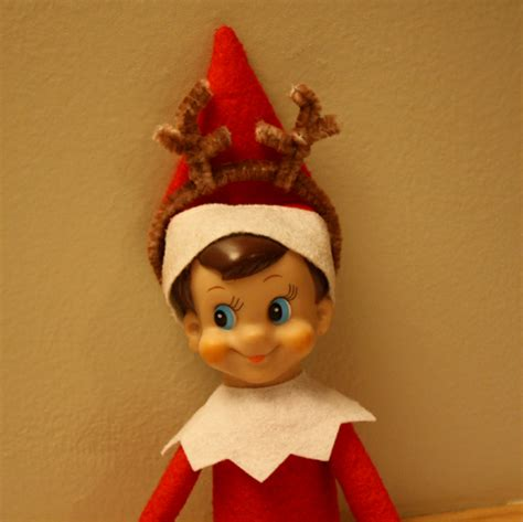 On A Shelf Reindeer by Zippy Joins In The Reindeer Swartley
