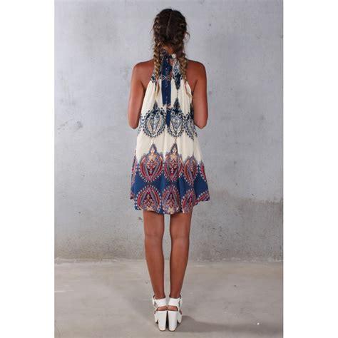 Pakaian Santai Wanita White Flower Playsuit Size S 417251 dress pantai wanita summer style size s white jakartanotebook
