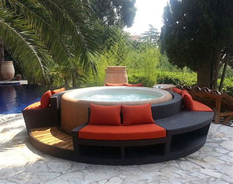 softub    ultimate  luxury create  relaxing