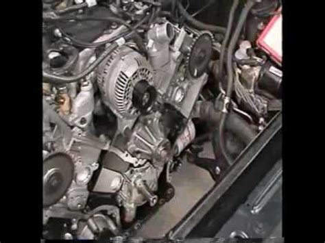 2001 lincoln town car engine noise youtube in car service of timing chain on the ford 4 6l modular v8 part 1 of 2 youtube