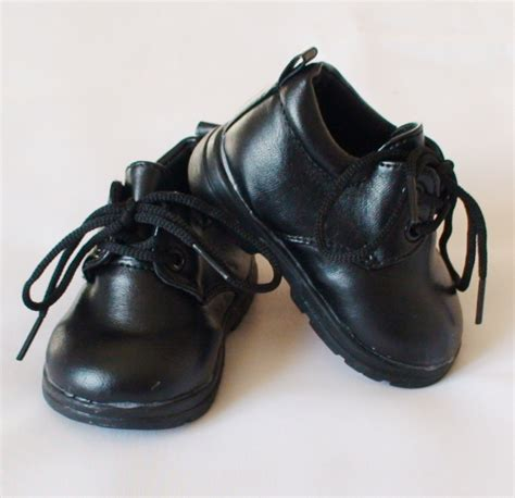 chaussures noires bebe
