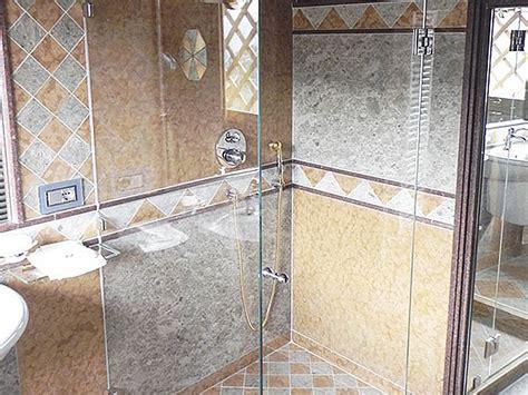 vetri per box doccia box doccia in vetro realizzazione di box doccia