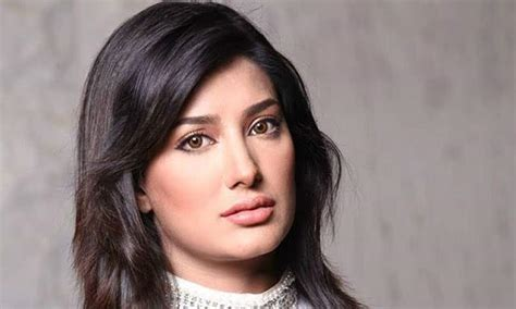 tv actress height list top 10 most famous beautiful pakistani actresses