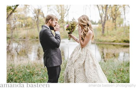 Best Wedding Photos of 2013   Junebug Weddings