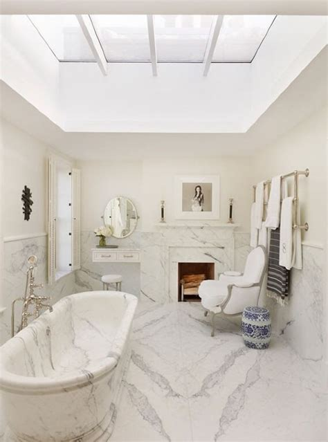 luxury white bathrooms 34 luxury white master bathroom ideas pictures