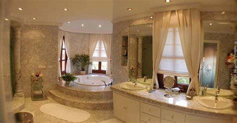 Luxury Bathroom Design Http Www Interior Design Mag Luxurious Bathroom Designs