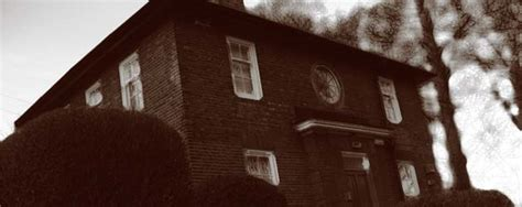 How To Tell If Your House Is Haunted by How To Tell If Your House Is Haunted