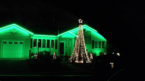 christmas house with lights and music crazy christmas lights on house move to music youtube