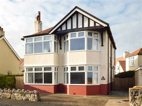 Rhos On Sea Cottages by Meadway House In Rhos On Sea This Delightful Detached