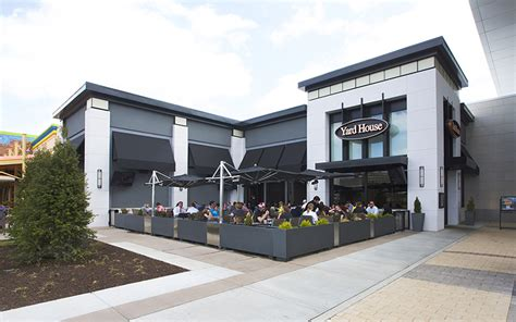 Yard House City Center by Springfield Town Center Preit