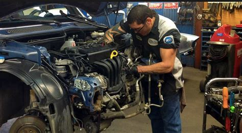 Mechanic Auto Repair by Auto Mechanic Www Pixshark Images Galleries With A