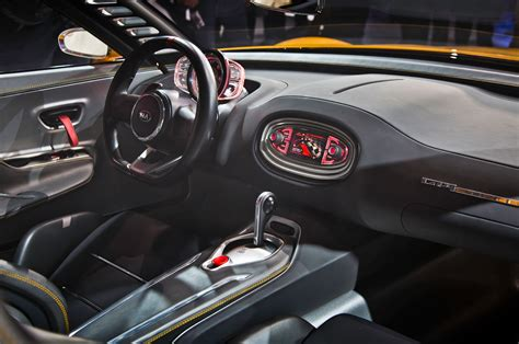 porsche stinger interior detroit 2014 kia gt4 stinger is a quot conceivable quot future